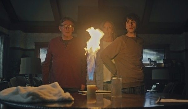 hereditary-toni-collette-gabriel-byrne-alex-wolff