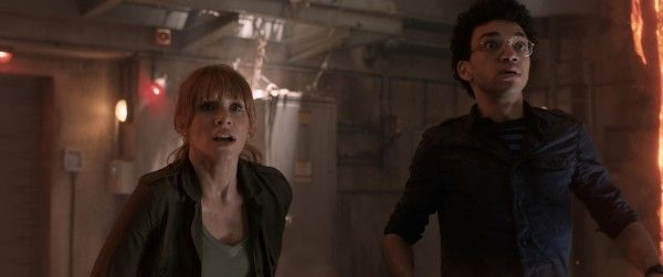 jurassic-world-fallen-kingdom-image-bryce-dallas-howard-justice-smith