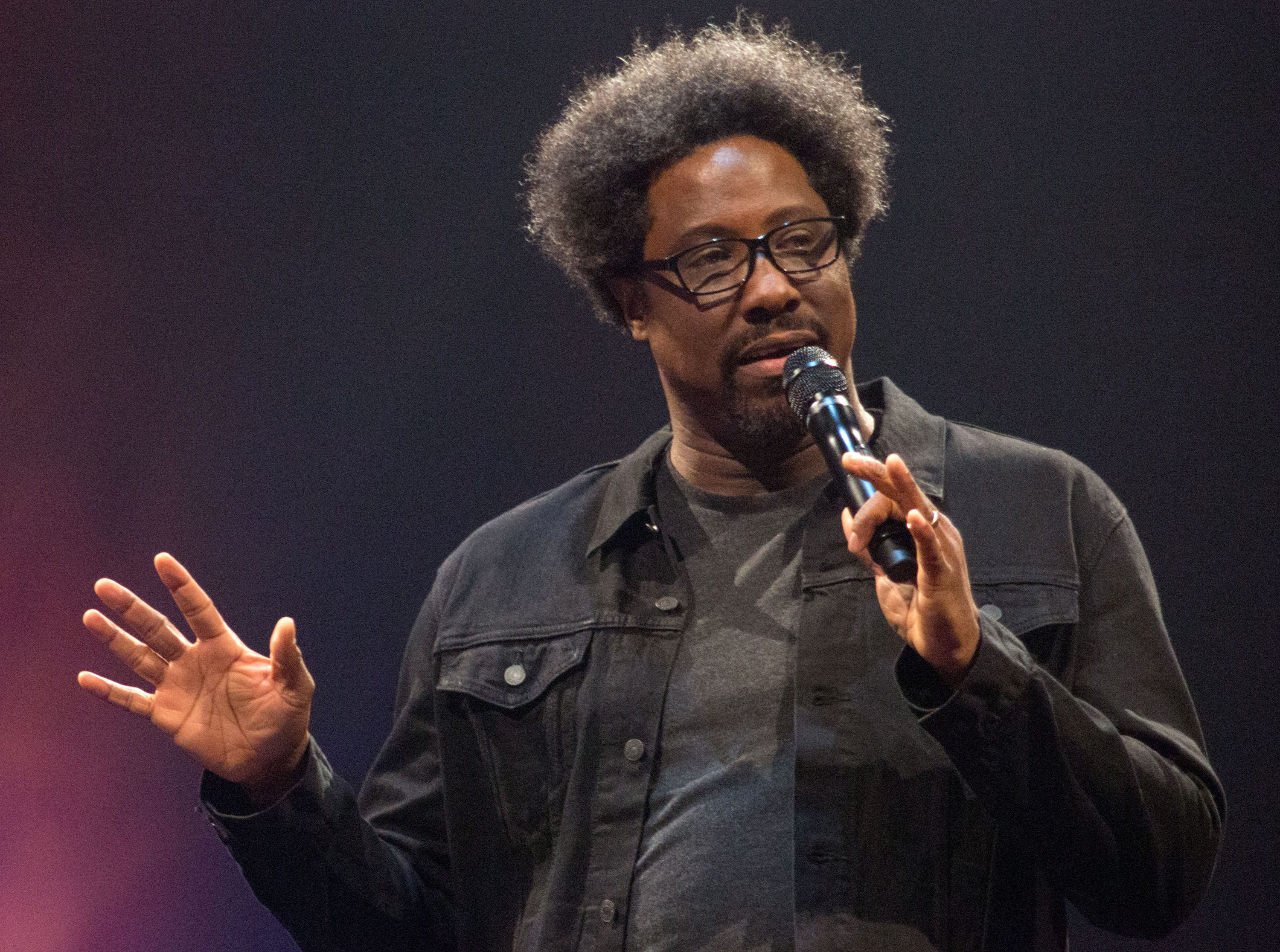 W. Kamau Bell on His Netflix Special 'Private School Negro ...