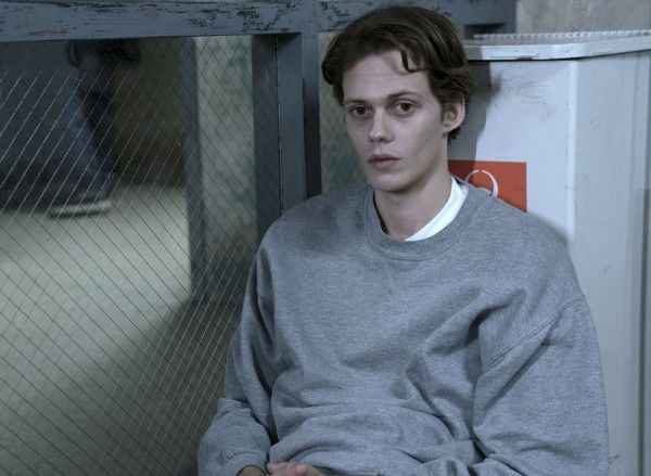 castle-rock-bill-skarsgard-image-5