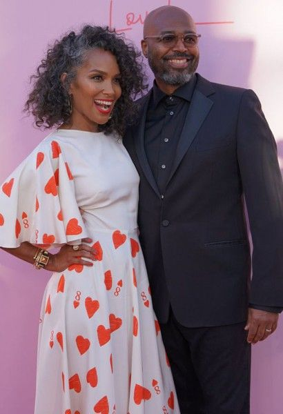 love-is-mara-brock-akil-salim-akil