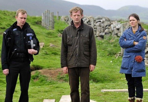 shetland-series-5-doug-henshall-steven-robertson-alison-o'donnell