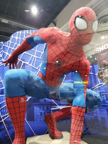 spider-man-legendary-sideshow-collectibles-3