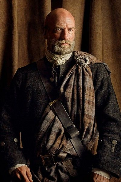 graham-mctavish-outlander