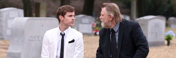 mr-mercedes-brendan-gleeson-harry-treadaway-slice