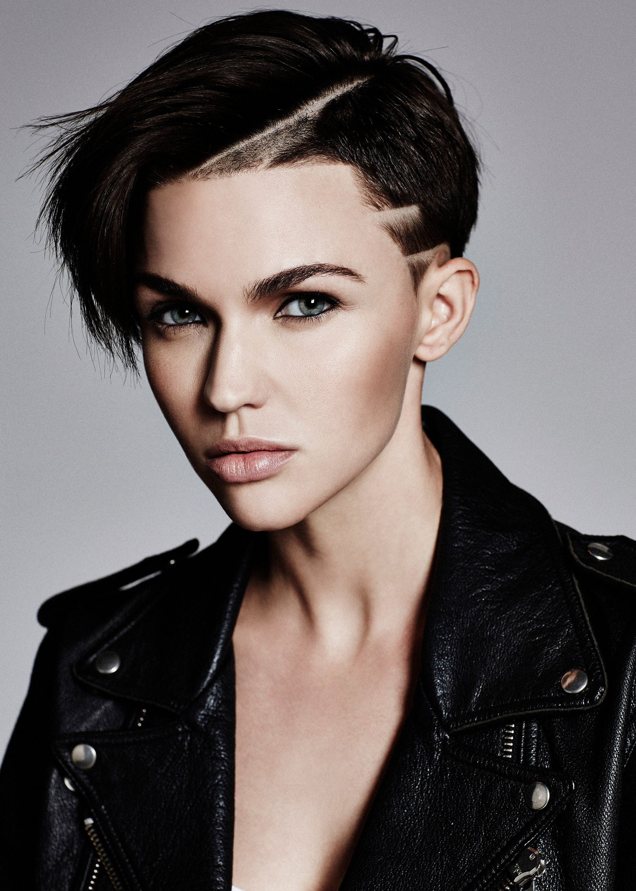 aac66774b Ruby Rose Is Batwoman in The CW's New Superhero Series | Collider