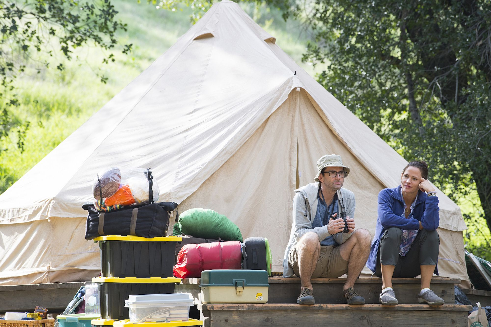 Camping Review: Despite Jennifer Garner, You Can Skip This Trip ...
