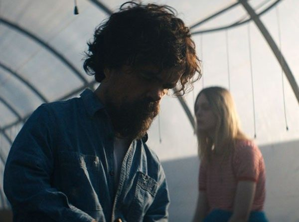 i-think-we're-alone-now-elle-fanning-peter-dinklage-04