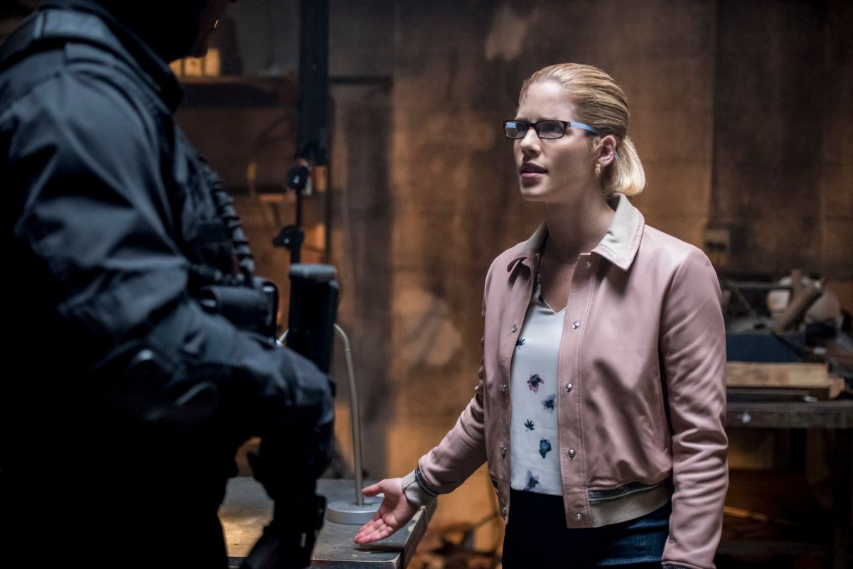 How Arrow Season 7 Offers a New Start for Felicity | Collider