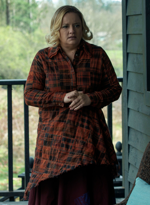 Chilling Adventures Of Sabrina Lucy Davis On Aunt Hilda