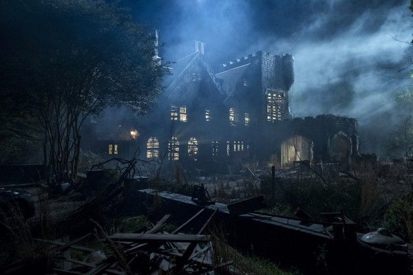 haunting-of-hill-house-image-2