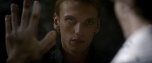 fantastic-beasts-the-crimes-of-grindelwald-jamie-campbell-bower