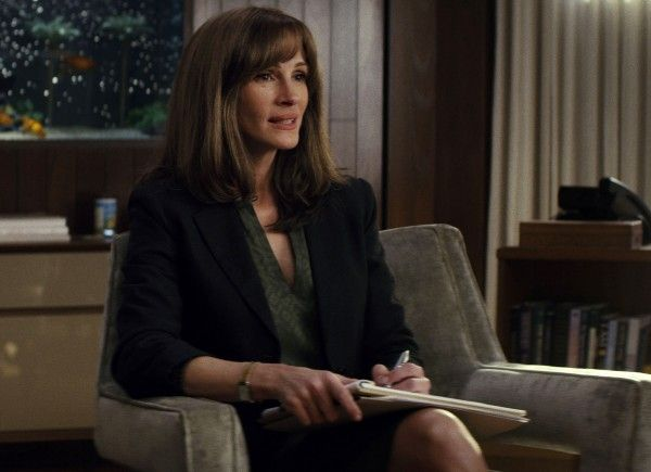 homecoming-julia-roberts-02