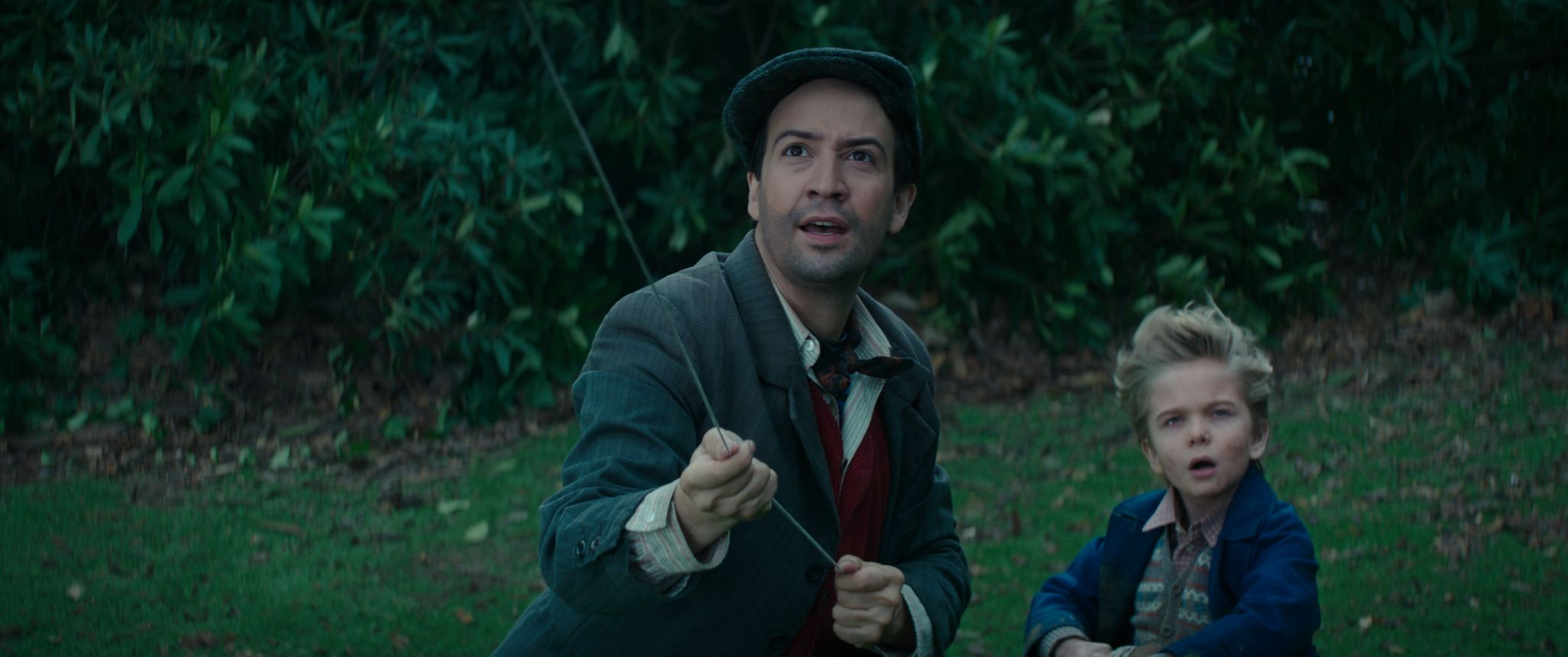 Mary Poppins Returns Lin Manuel Miranda On Why The Original Makes Him Cry Collider