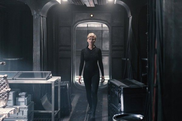 nightflyers-gretchen-mol-image