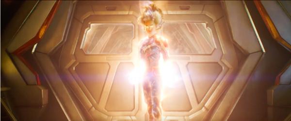 captain-marvel-costume-1