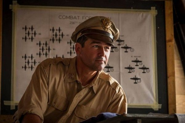 catch-22-kyle-chandler