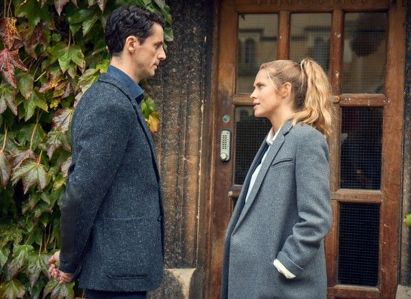 a-discovery-of-witches-teresa-palmer-matthew-goode-03