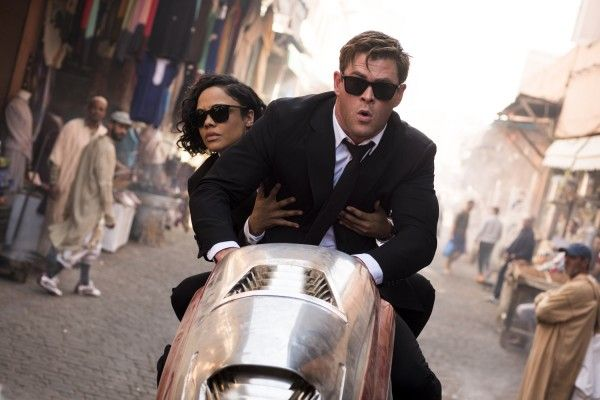 chris-hemsworth-tessa-thompson-men-in-black-international