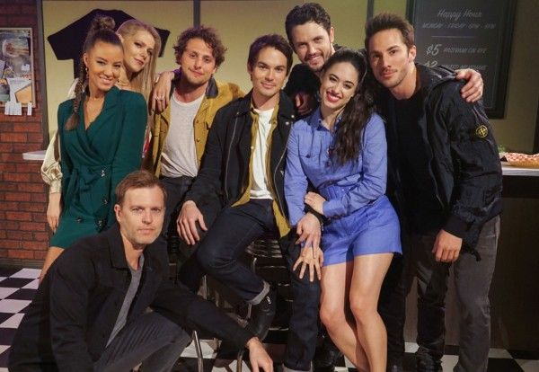 roswell-new-mexico-michael-trevino-interview