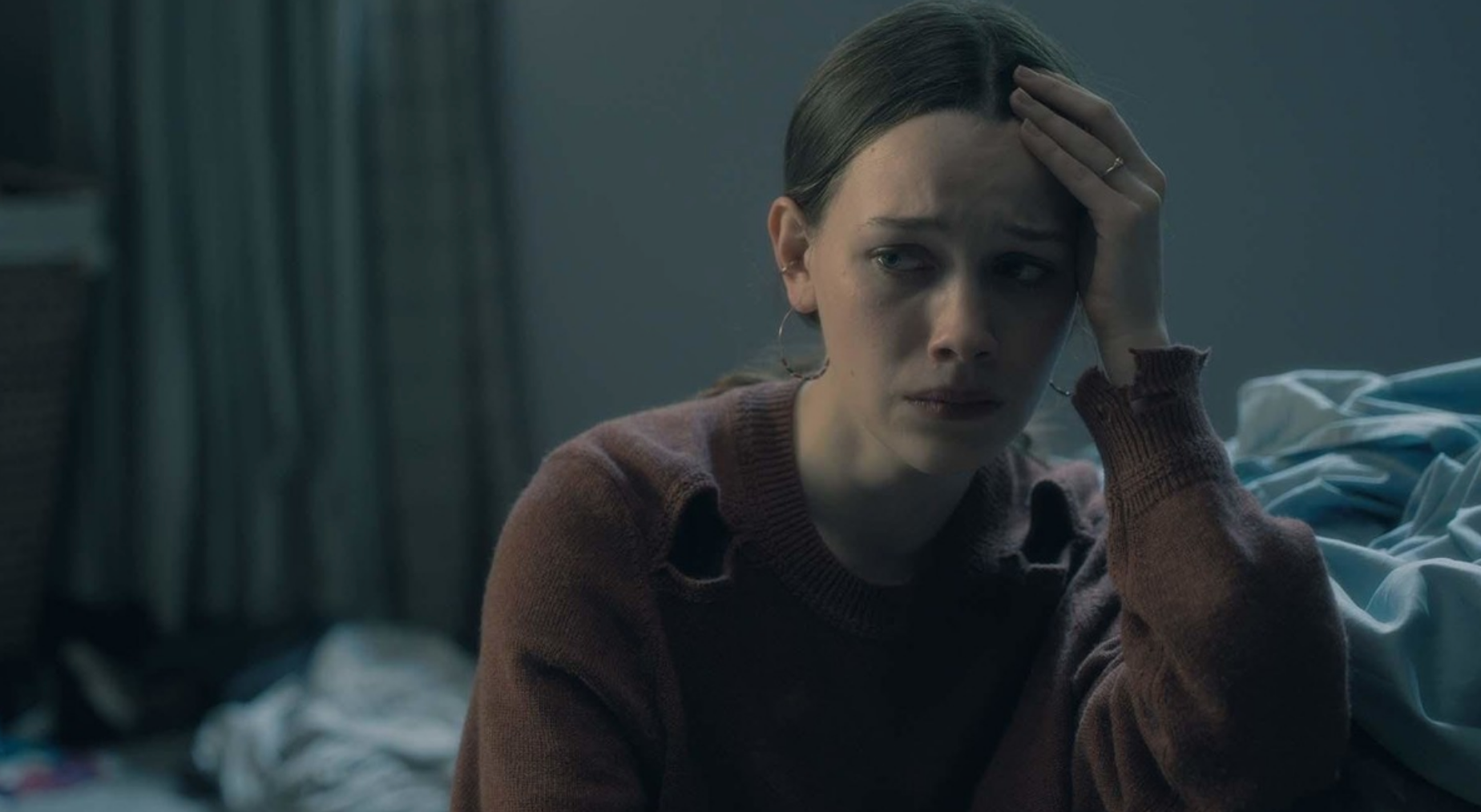 Haunting Of Hill House Season 2 Brings Back Victoria Pedretti Collider