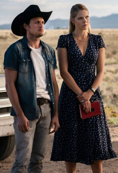 roswell-new-mexico-michael-vlamis-lily-cowles-01