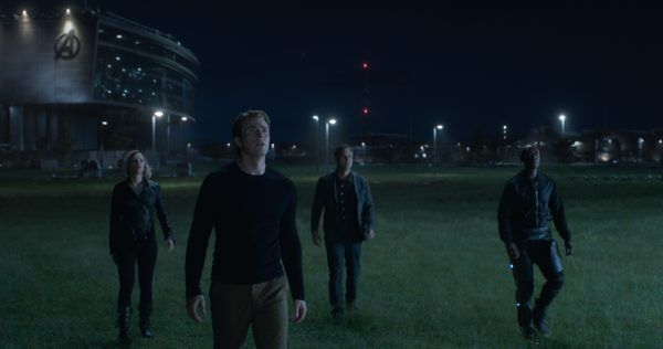 avengers-endgame-images-scarlett-johansson-chris-evans-mark-ruffalo-don-cheadle