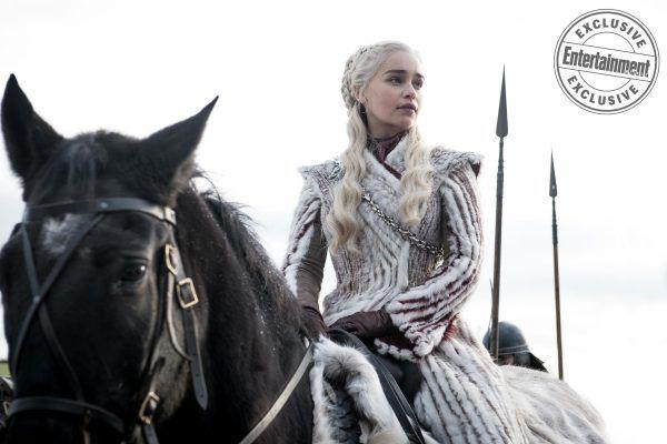 game-of-thrones-season-8-emilia-clarke-riding