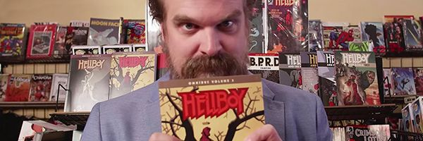 david-harbour-comic-book-shopping-slice