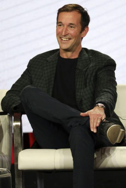 tca-the-red-line-noah-wyle