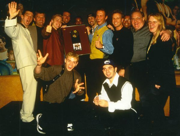 the-boy-band-con-nsync-lou-pearlman