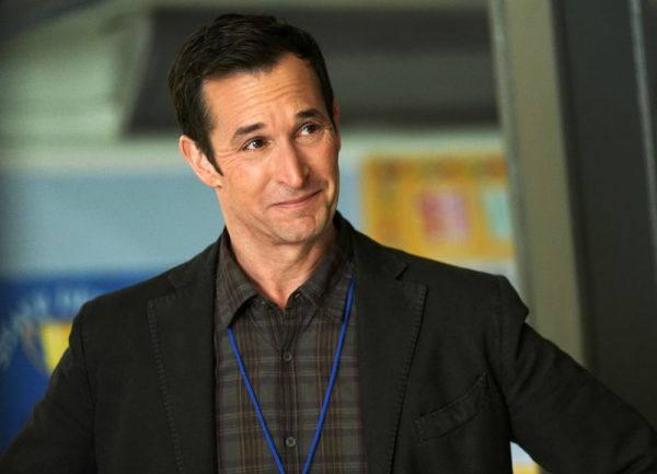 the-red-line-noah-wyle-03