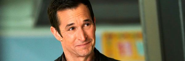the-red-line-noah-wyle-slice