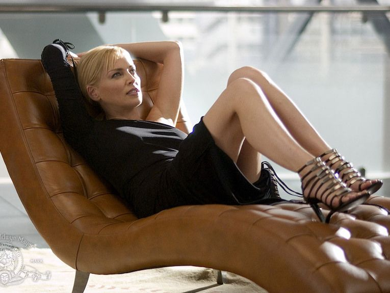 "basic-instinct-2-sharon-stone-765 ""width ="" 765 ""height ="" 575 ""srcset ="" http://cdn.collider.com/wp-content/uploads/2019/05/basic-instinct-2 -sharon-stone-765.jpg 765w, http://cdn.collider.com/wp-content/uploads/2019/05/basic-instinct-2-sharon-stone-765-600x451.jpg 600w, http: / /cdn.collider.com/wp-content/uploads/2019/05/basic-instinct-2-sharon-stone-765-399x300.jpg 399w ""tailles ="" (largeur maximale: 765px) 100vw, 765px ""/>  <p class="