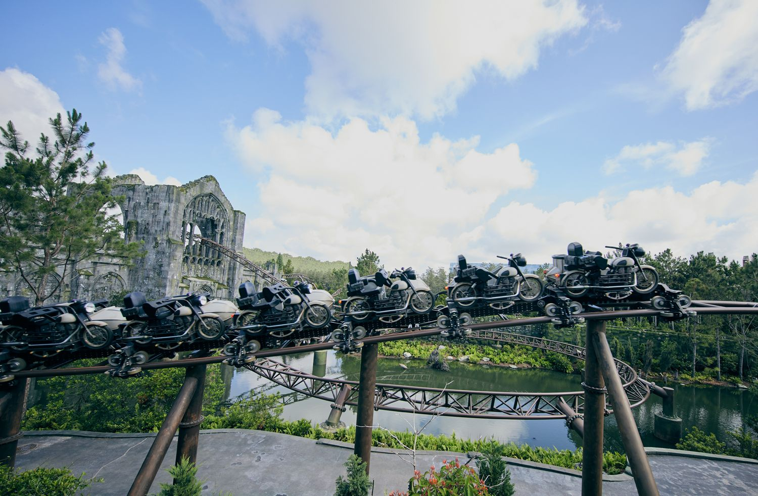 Hagrid's Magical Creatures Motorbike Adventure: 15 Things to