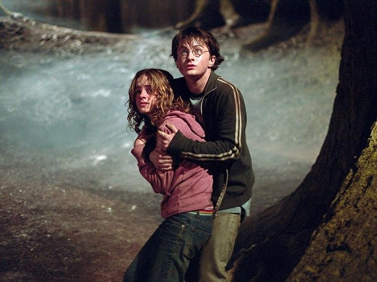harry-potter-prisoner-of-azkaban-daniel-radcliffe-emma-watson