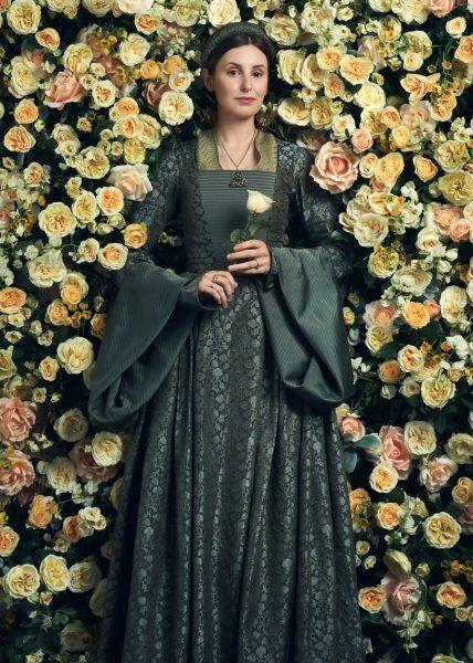 the-spanish-princess-laura-carmichael-01