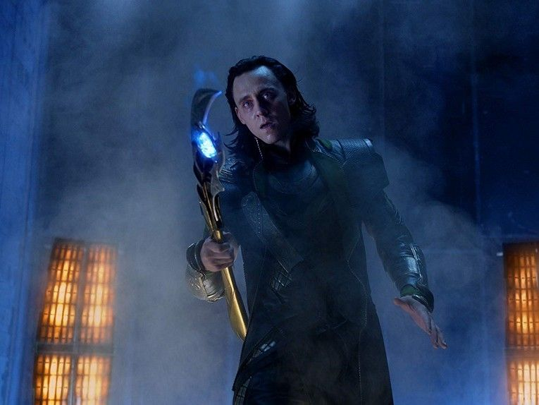 "Tom Hiddleston Reveals 'Loki' Is Six Hours, Teases Foes ""the Like of Which He Has Never Seen"""
