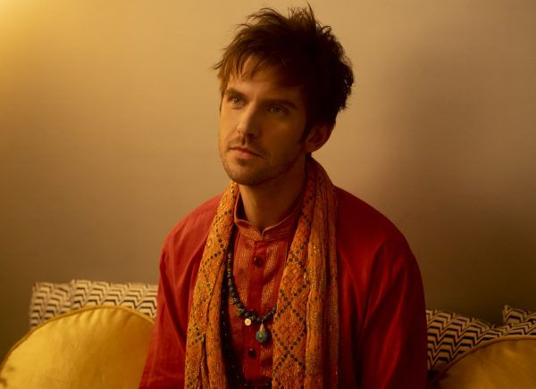 legion-season-3-dan-stevens-03