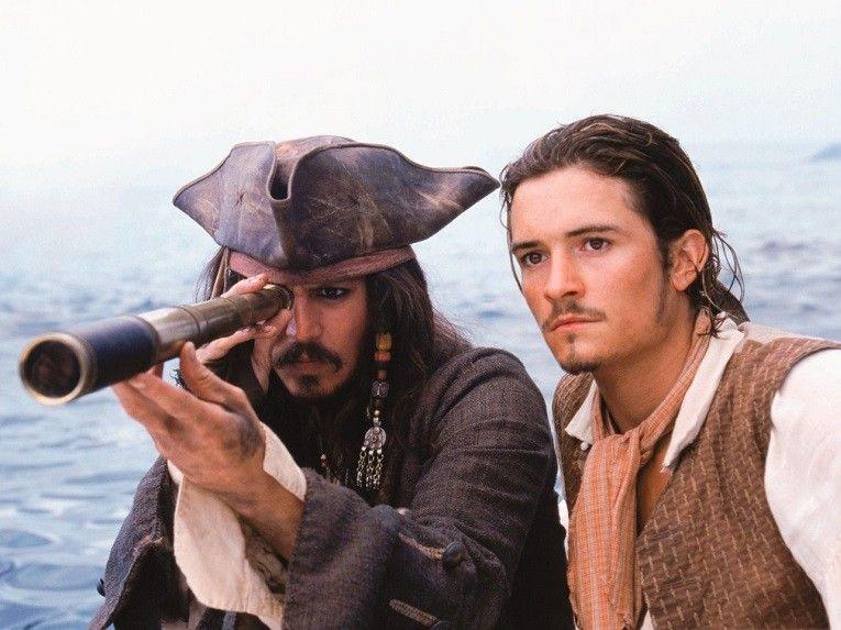 pirates-of-the-caribbean-black-pearl-johnny-depp-orlando-bloom