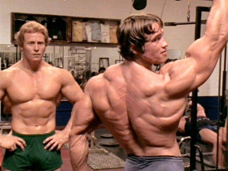 pumping-iron-arnold-back-flex