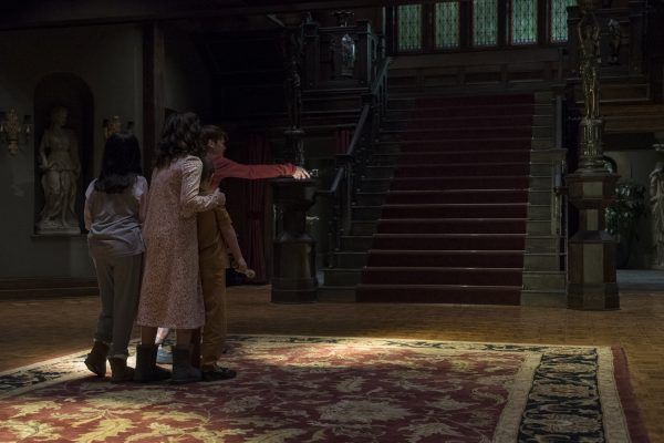 the-haunting-of-hill-house-episode-6-image-1
