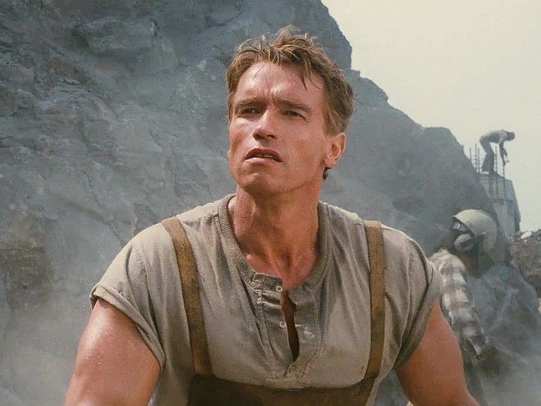 total-recall-arnold-construction