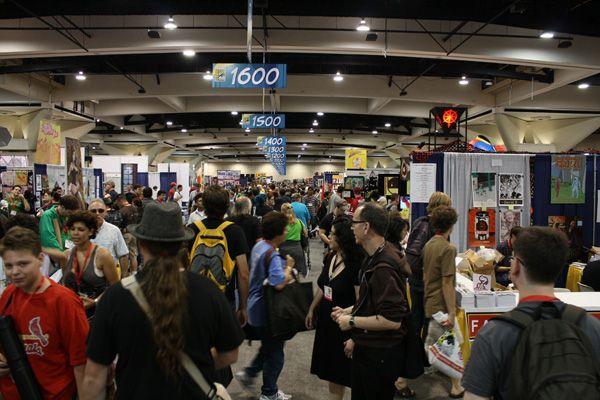 Comic Con 2009 floor image (11)