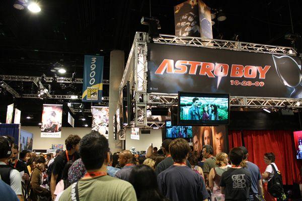 Comic Con 2009 floor image (22)