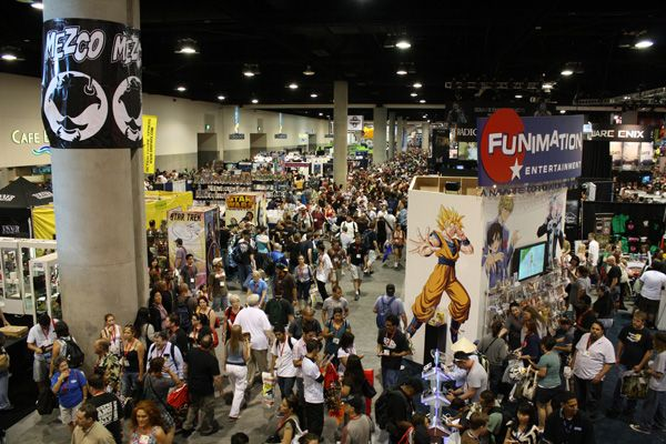 Comic Con 2009 floor image (27)