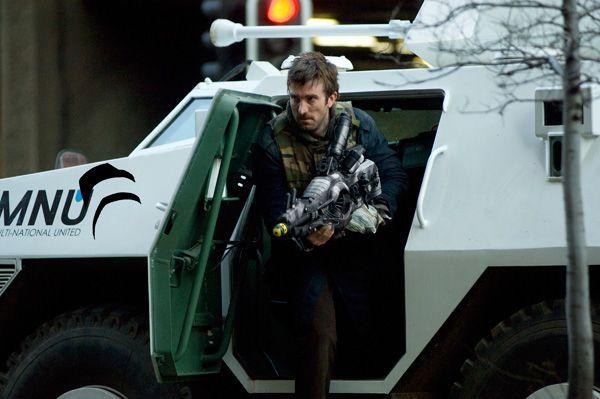 District 9 movie image Sharlto Copley (3)