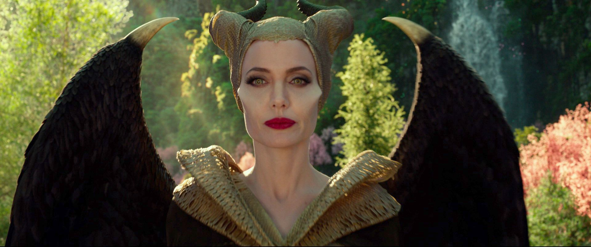 Angelina Jolie On The Personal Nature Of Maleficent 2 Collider