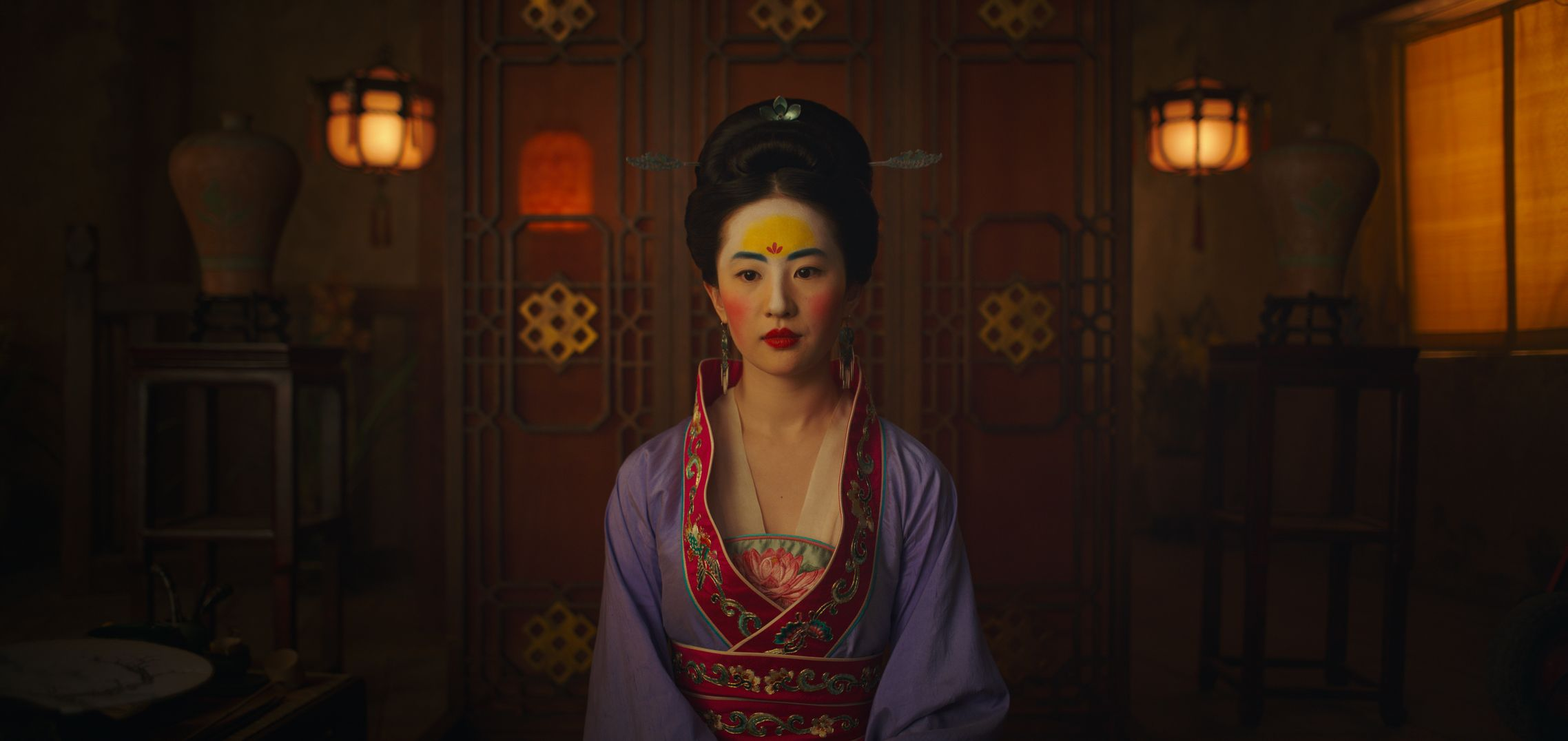 Disney Live Action Remake Mulan Unveils 14 New Images Poster Collider