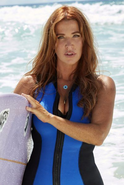 reef-break-poppy-montgomery-04